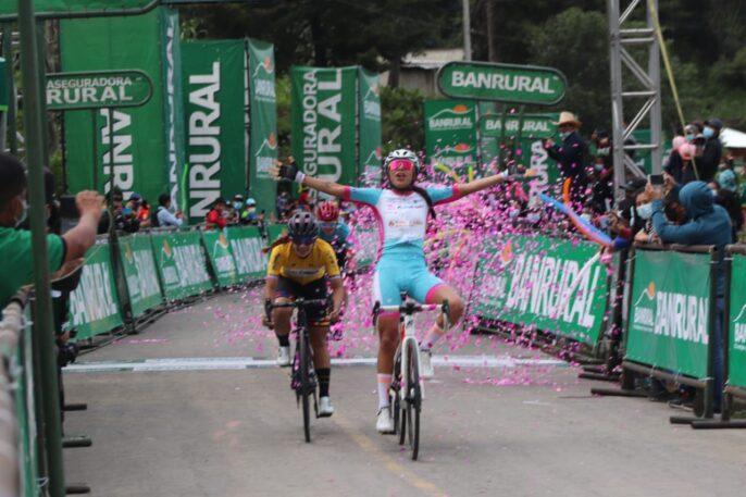 Ericka Botero le da el triunfo al Colnago, Colmenares a una etapa de proclamarse campeona